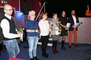 Uhonorowano 98 pracowników samorządów i organizacji pozarządowych oraz rodziny zastępcze